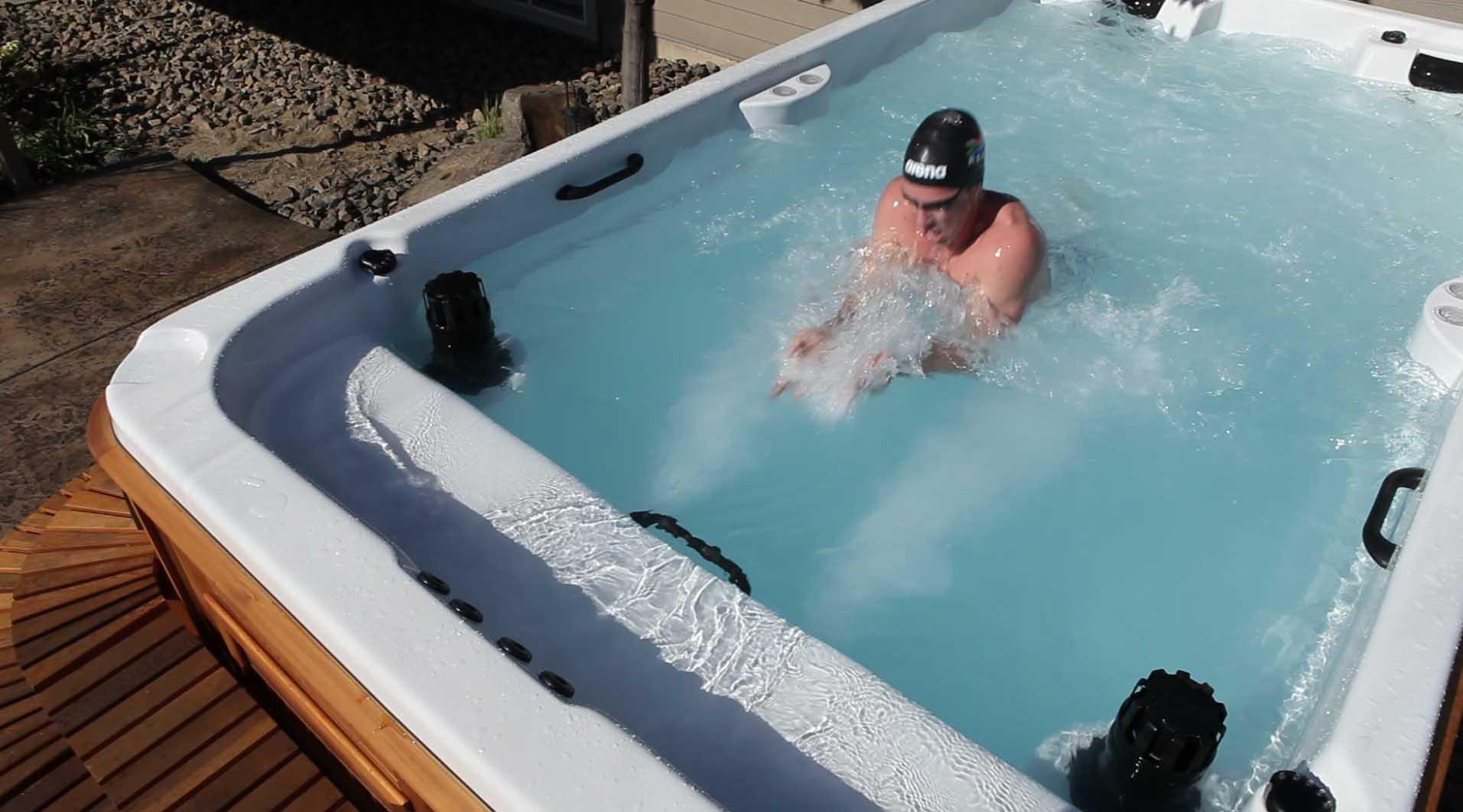 Dispositif de nage à contre-courant Niagara