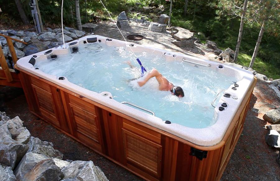 Dispositif de nage par résistance fixe